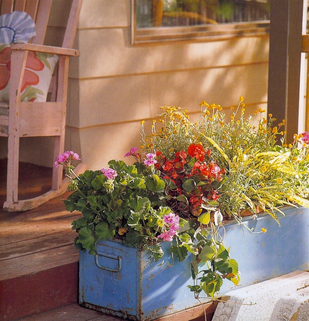 Recycled 'Junk' Drawers, Postal Boxes and Metal Bins Work Great as Planters ...