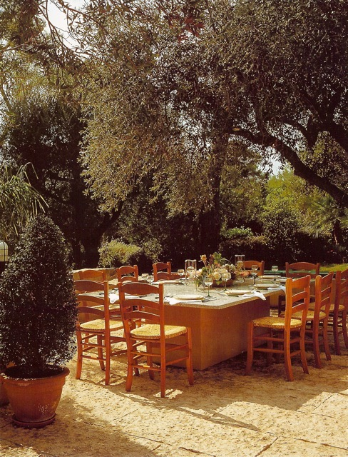 Understated Elegance On The Terrace Italian Country