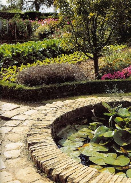 The Art of French Vegetable Gardening Louisa Jones The