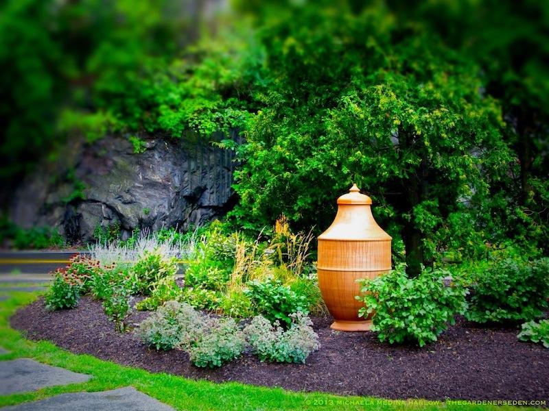 BMAC_Garden_michaela_medina_harlow_thegardenerseden.com