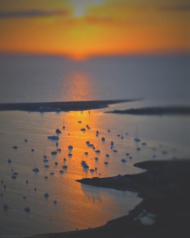 New Harbor, Block Island, Rhode Island - michaela medina harlow - thegardenerseden.com